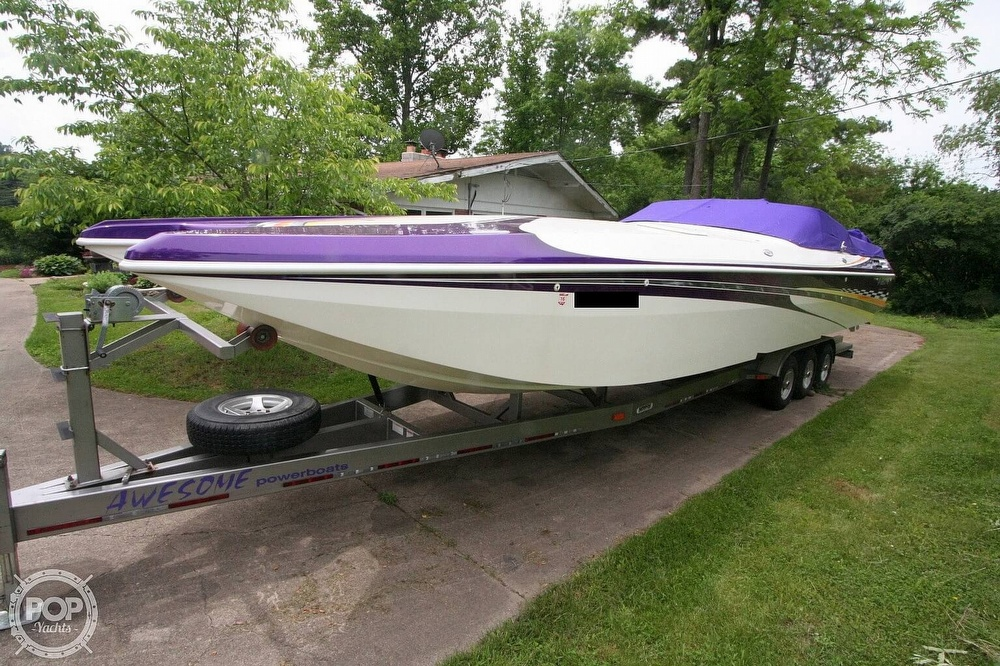 2002 Awesome boat for sale, model of the boat is 3800 Signature & Image # 6 of 40
