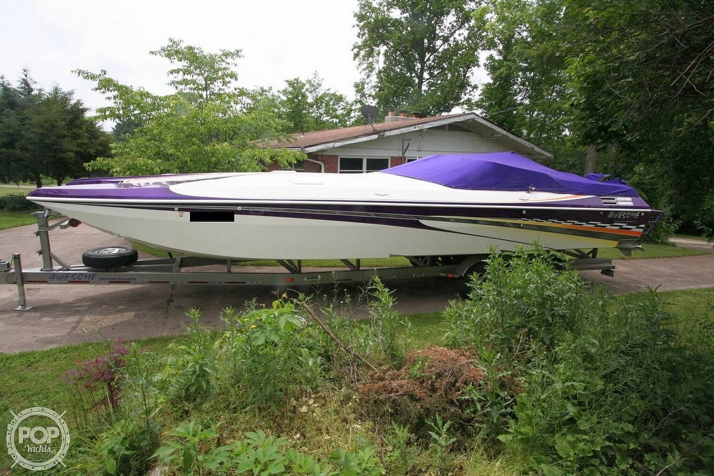 2002 Awesome boat for sale, model of the boat is 3800 Signature & Image # 8 of 40