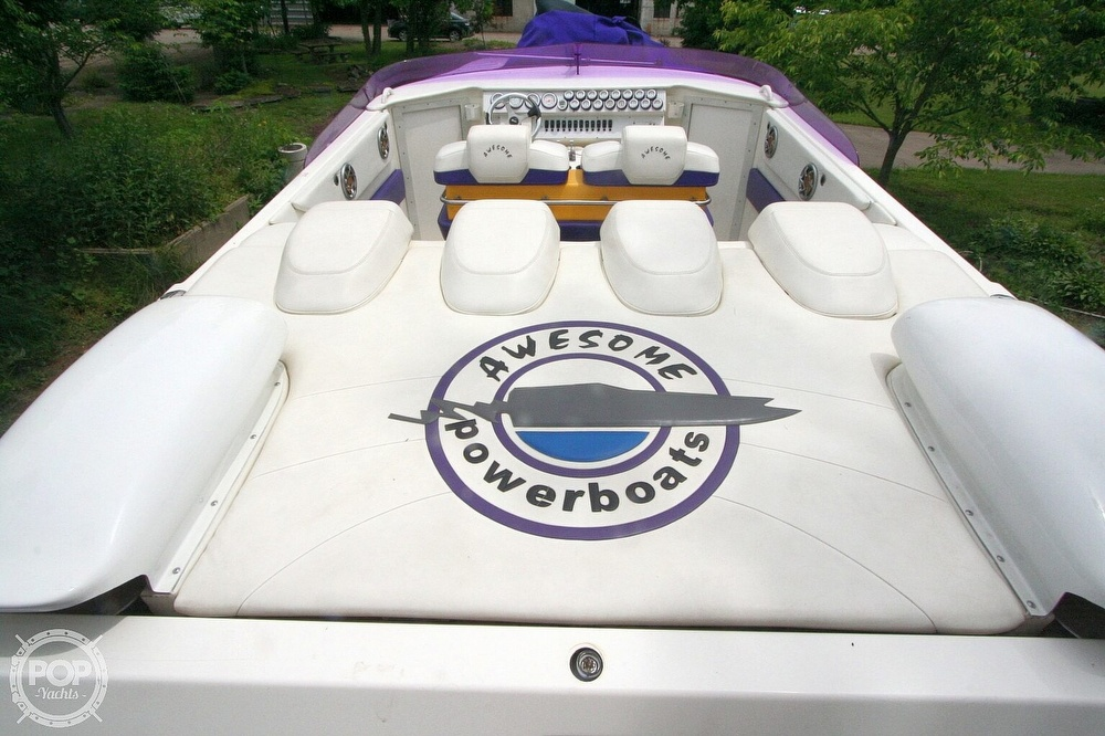 2002 Awesome boat for sale, model of the boat is 3800 Signature & Image # 4 of 40