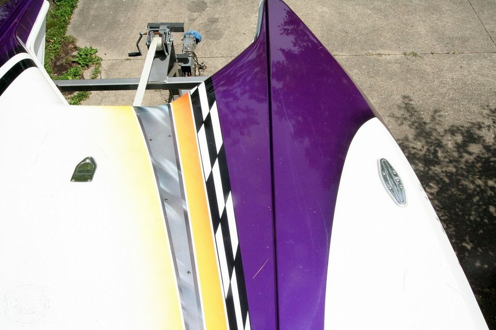 2002 Awesome boat for sale, model of the boat is 3800 Signature & Image # 19 of 40