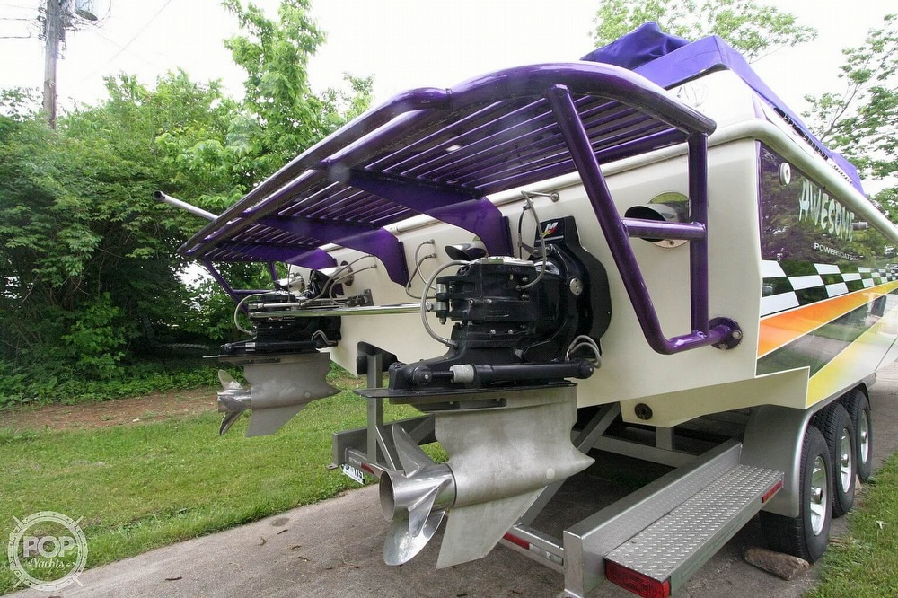 2002 Awesome boat for sale, model of the boat is 3800 Signature & Image # 26 of 40