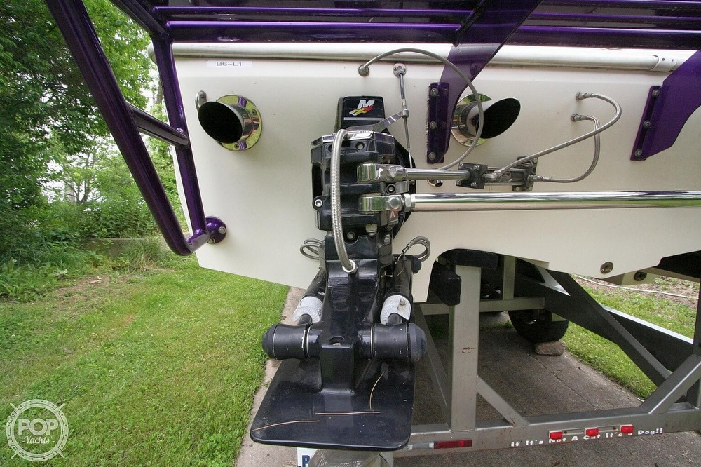 2002 Awesome boat for sale, model of the boat is 3800 Signature & Image # 29 of 40