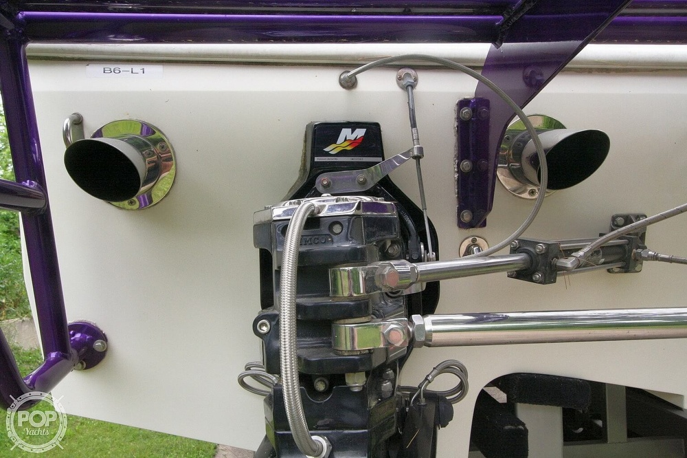 2002 Awesome boat for sale, model of the boat is 3800 Signature & Image # 30 of 40