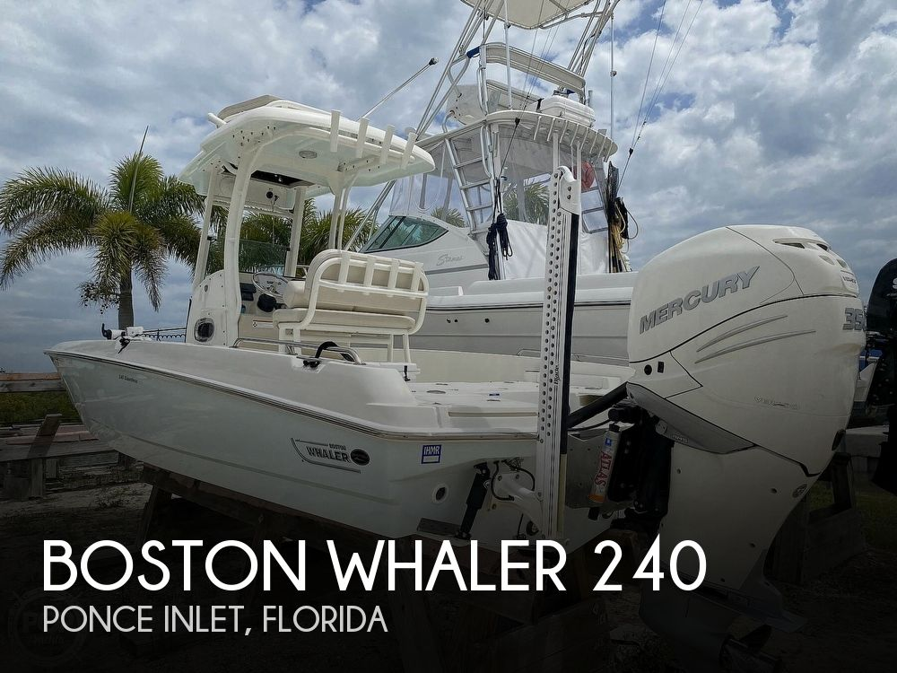 2018 Boston Whaler boat for sale, model of the boat is 240 Dauntless Pro & Image # 1 of 40
