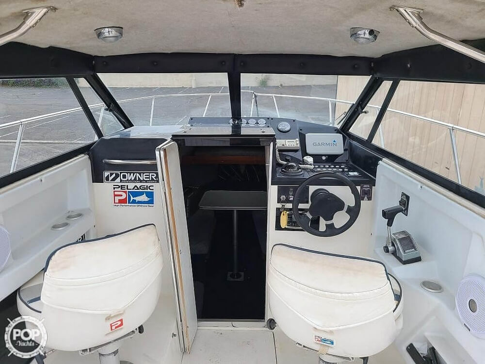 1992 Trophy boat for sale, model of the boat is 23 Walk-Around & Image # 6 of 40