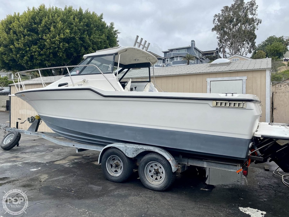 1992 Trophy boat for sale, model of the boat is 23 Walk-Around & Image # 2 of 40