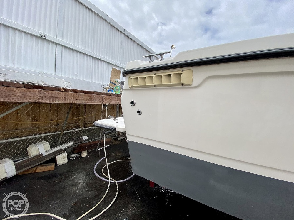 1992 Trophy boat for sale, model of the boat is 23 Walk-Around & Image # 25 of 40