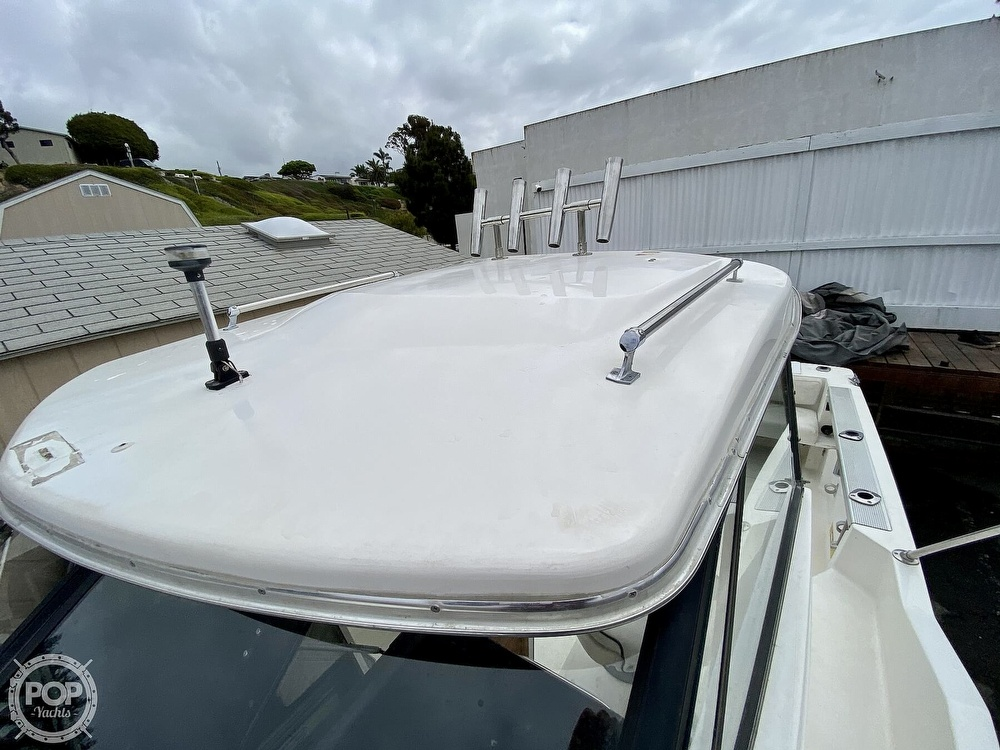 1992 Trophy boat for sale, model of the boat is 23 Walk-Around & Image # 10 of 40