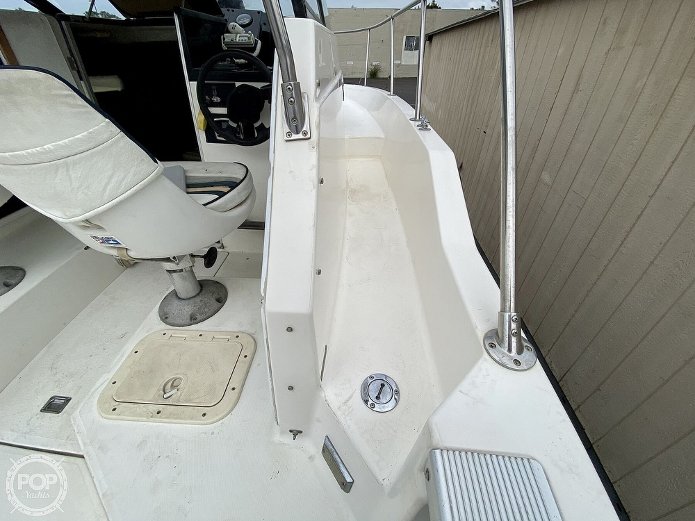 1992 Trophy boat for sale, model of the boat is 23 Walk-Around & Image # 34 of 40