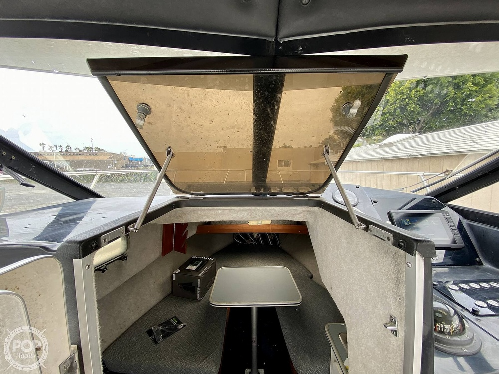 1992 Trophy boat for sale, model of the boat is 23 Walk-Around & Image # 15 of 40