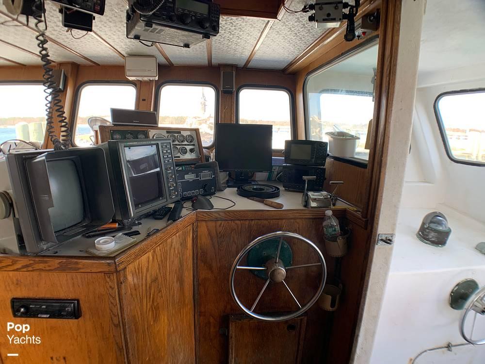 2001 Novi boat for sale, model of the boat is Gillnetter & Image # 6 of 40