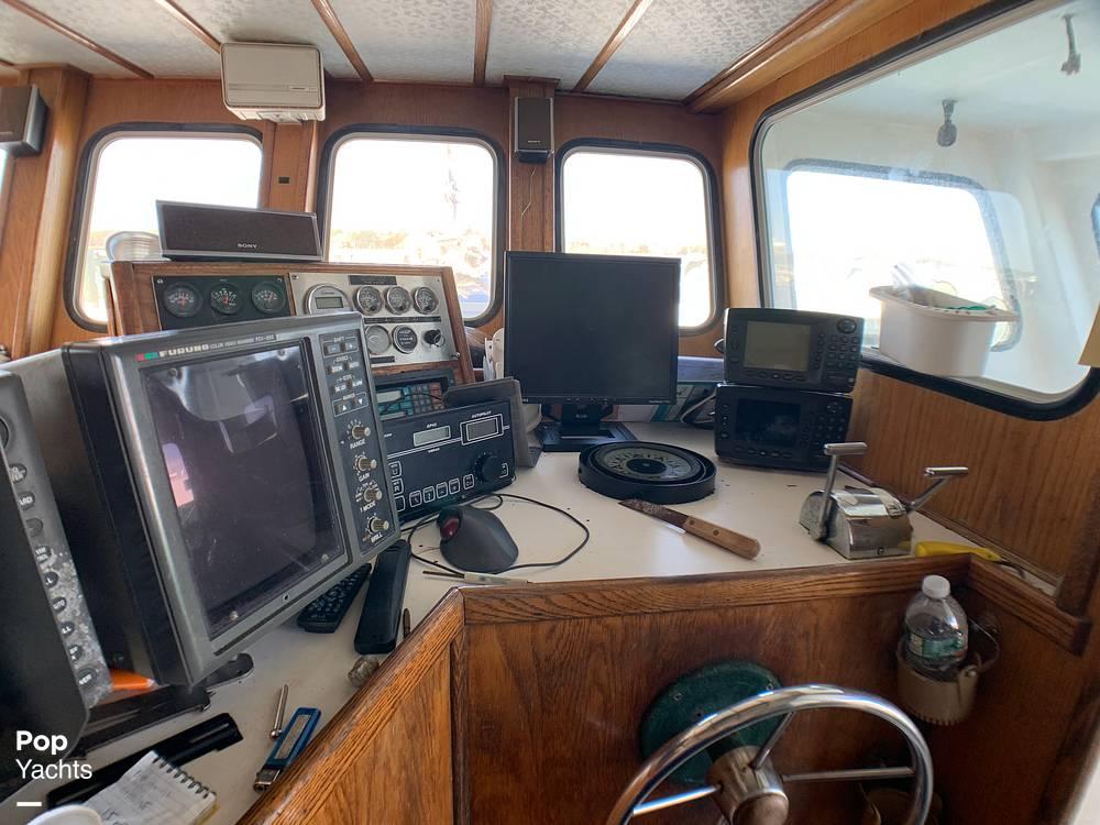 2001 Novi boat for sale, model of the boat is Gillnetter & Image # 25 of 40