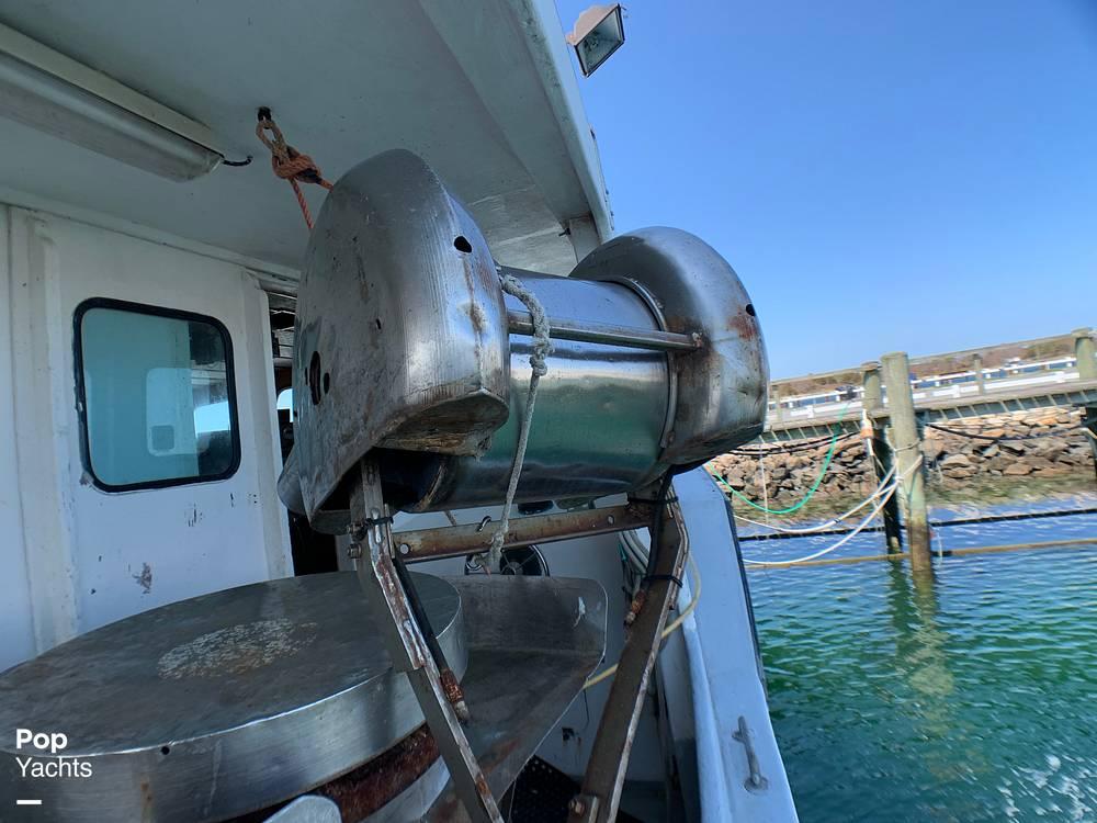 2001 Novi boat for sale, model of the boat is Gillnetter & Image # 31 of 40