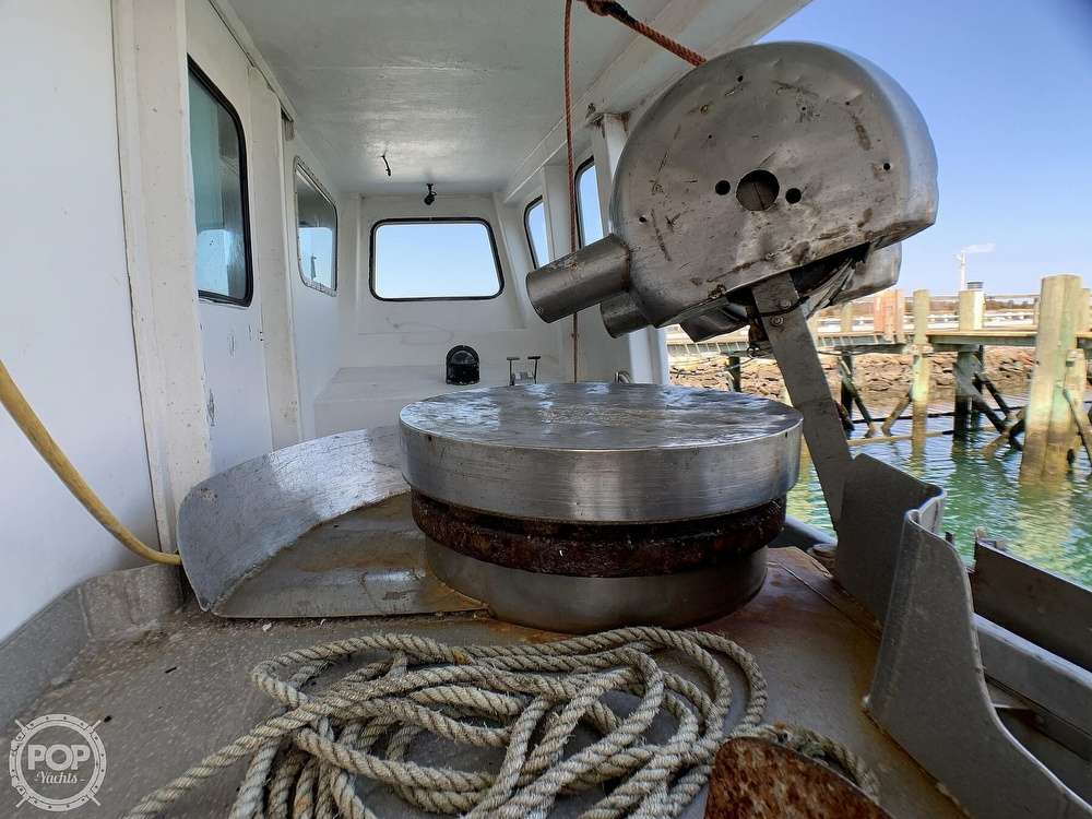 2001 Novi boat for sale, model of the boat is Gillnetter & Image # 32 of 40