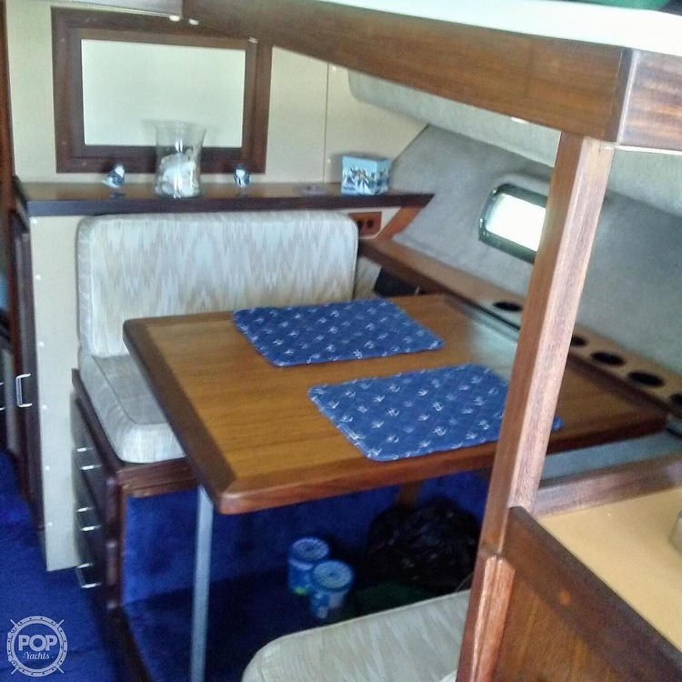 1984 Silverton boat for sale, model of the boat is 34' Convertible & Image # 5 of 40