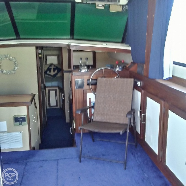 1984 Silverton boat for sale, model of the boat is 34' Convertible & Image # 8 of 40