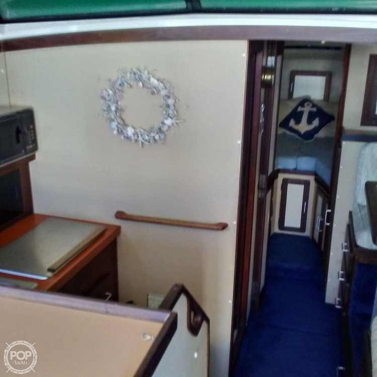 1984 Silverton boat for sale, model of the boat is 34' Convertible & Image # 9 of 40