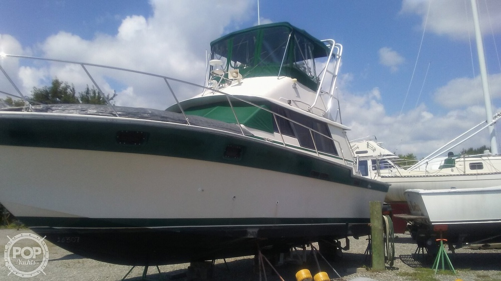 1984 Silverton boat for sale, model of the boat is 34' Convertible & Image # 10 of 40