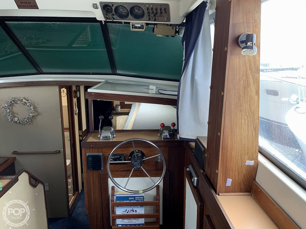 1984 Silverton boat for sale, model of the boat is 34' Convertible & Image # 36 of 40