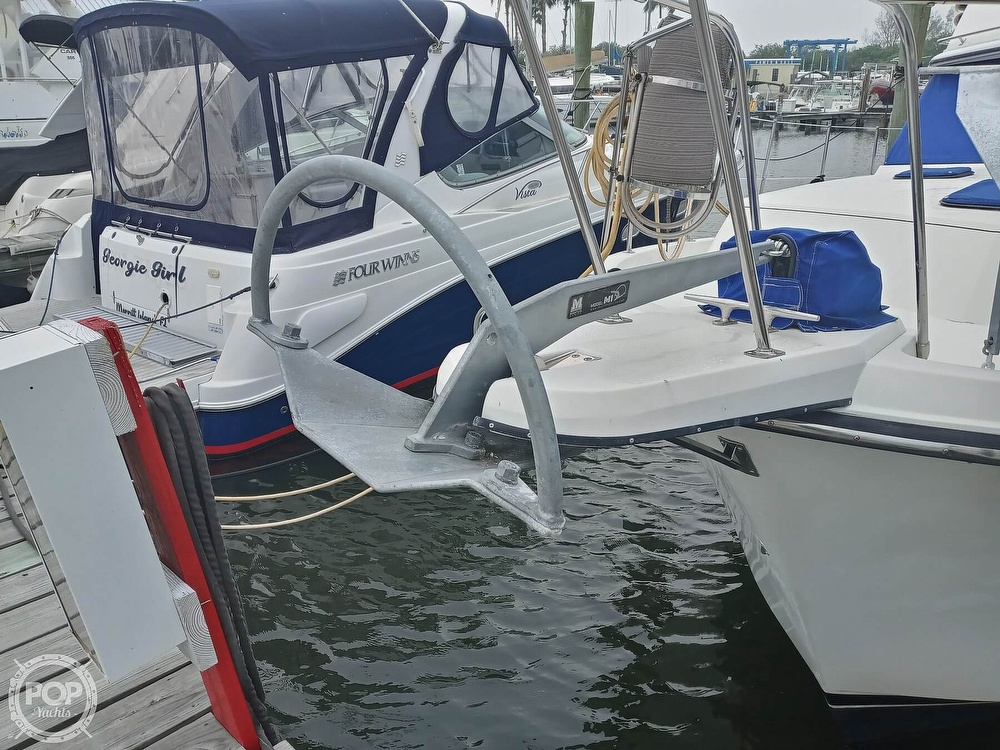 1990 Carver boat for sale, model of the boat is 3607 Aft Cabin & Image # 12 of 40