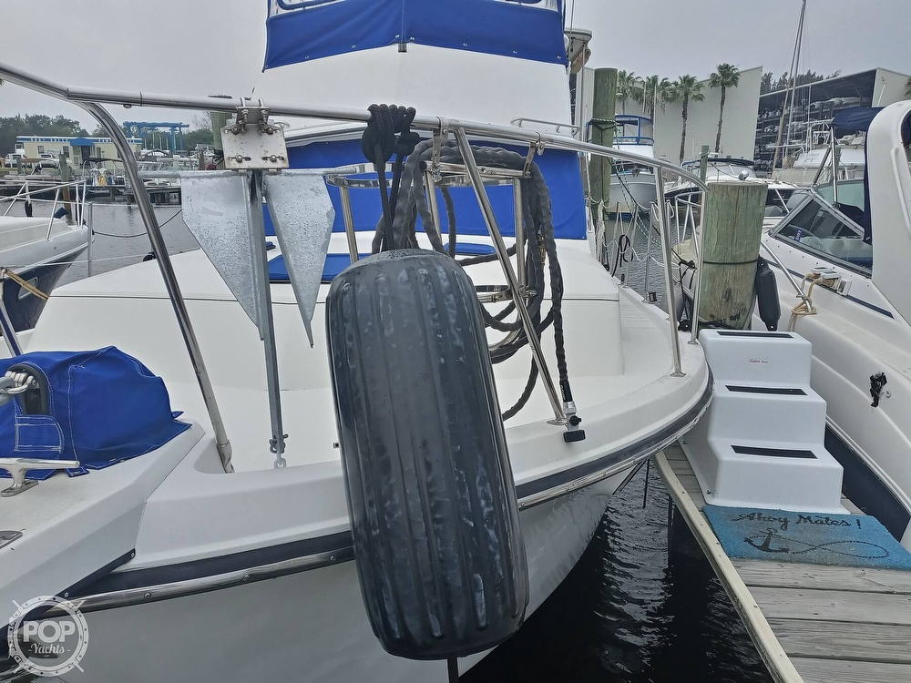 1990 Carver boat for sale, model of the boat is 3607 Aft Cabin & Image # 14 of 40
