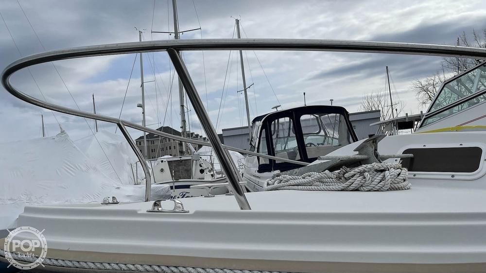 1988 Hinterhoeller boat for sale, model of the boat is Limestone 24 Express Cruiser & Image # 31 of 40