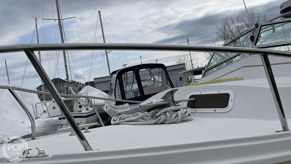 1988 Hinterhoeller boat for sale, model of the boat is Limestone 24 Express Cruiser & Image # 32 of 40