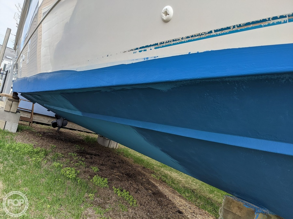 1996 Pro-Line boat for sale, model of the boat is 251 Walkaround & Image # 5 of 40