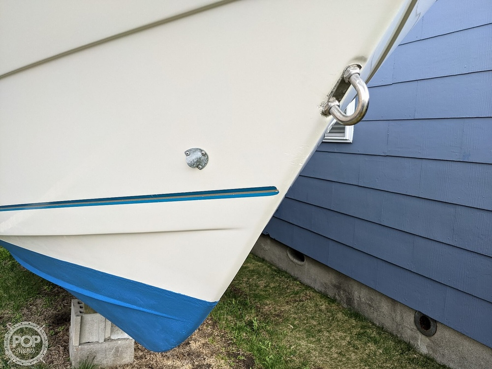 1996 Pro-Line boat for sale, model of the boat is 251 Walkaround & Image # 7 of 40
