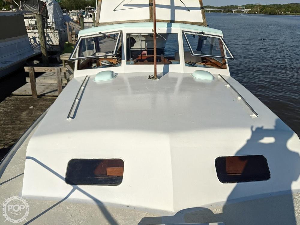 1963 Egg Harbor boat for sale, model of the boat is Flybridge Express & Image # 8 of 40