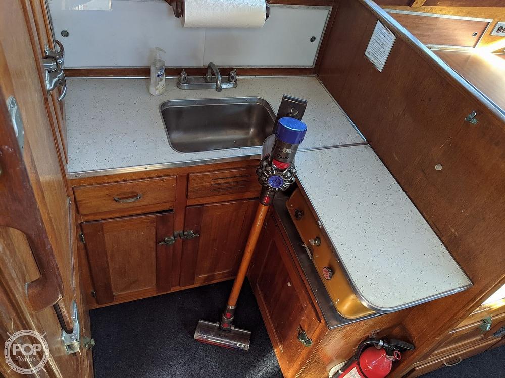 1963 Egg Harbor boat for sale, model of the boat is Flybridge Express & Image # 11 of 40