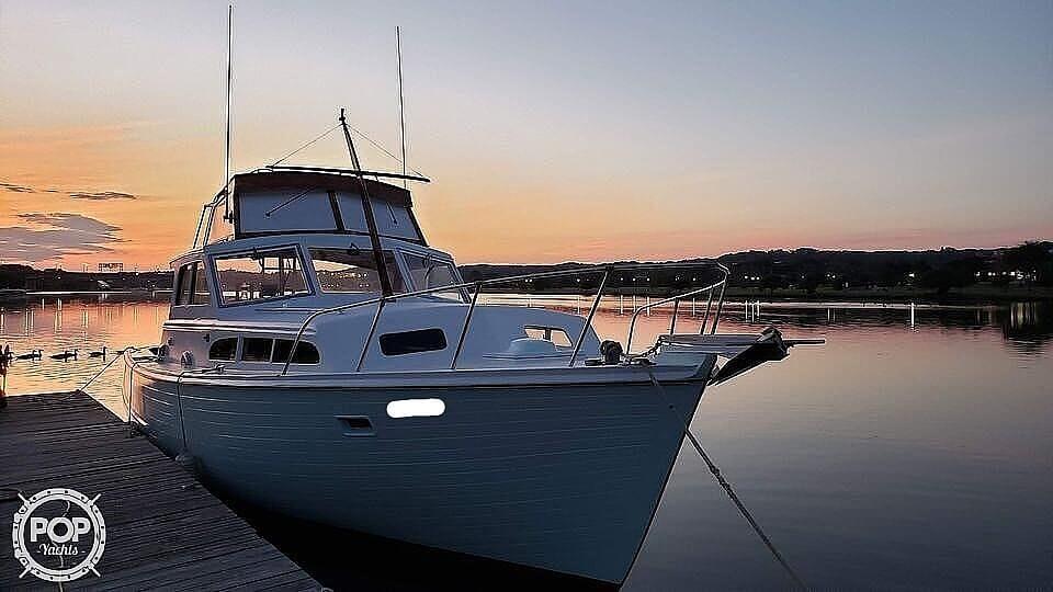 1963 Egg Harbor boat for sale, model of the boat is Flybridge Express & Image # 17 of 40