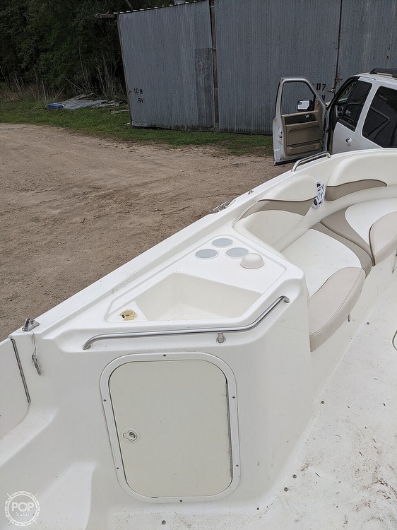2004 Glastron boat for sale, model of the boat is DX 210 & Image # 7 of 10