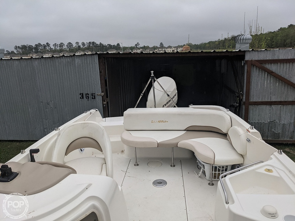 2004 Glastron boat for sale, model of the boat is DX 210 & Image # 8 of 10