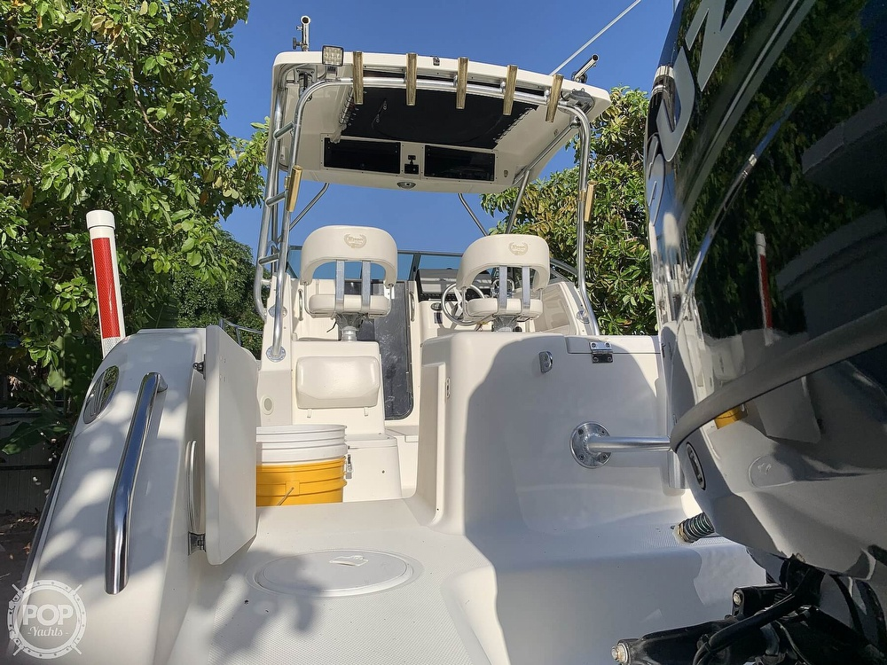 2004 Triton boat for sale, model of the boat is 2690 & Image # 28 of 40