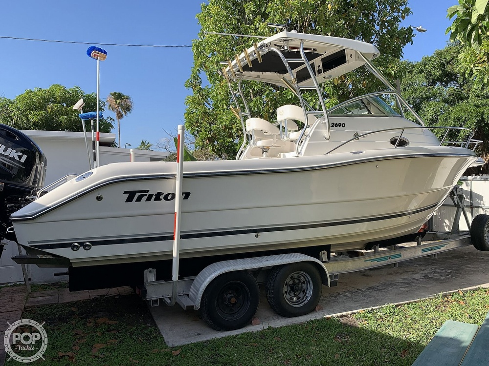 2004 Triton boat for sale, model of the boat is 2690 & Image # 35 of 40