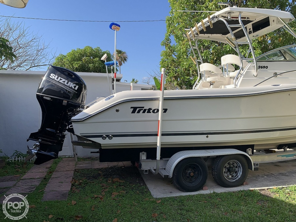 2004 Triton boat for sale, model of the boat is 2690 & Image # 36 of 40