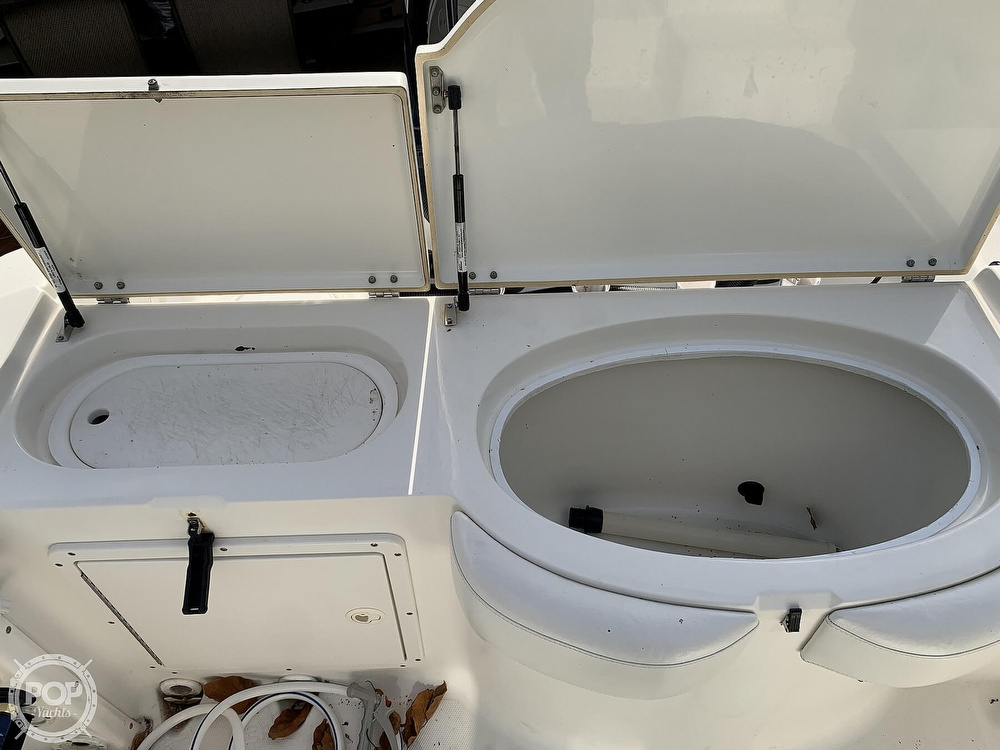 2004 Triton boat for sale, model of the boat is 2690 & Image # 13 of 40