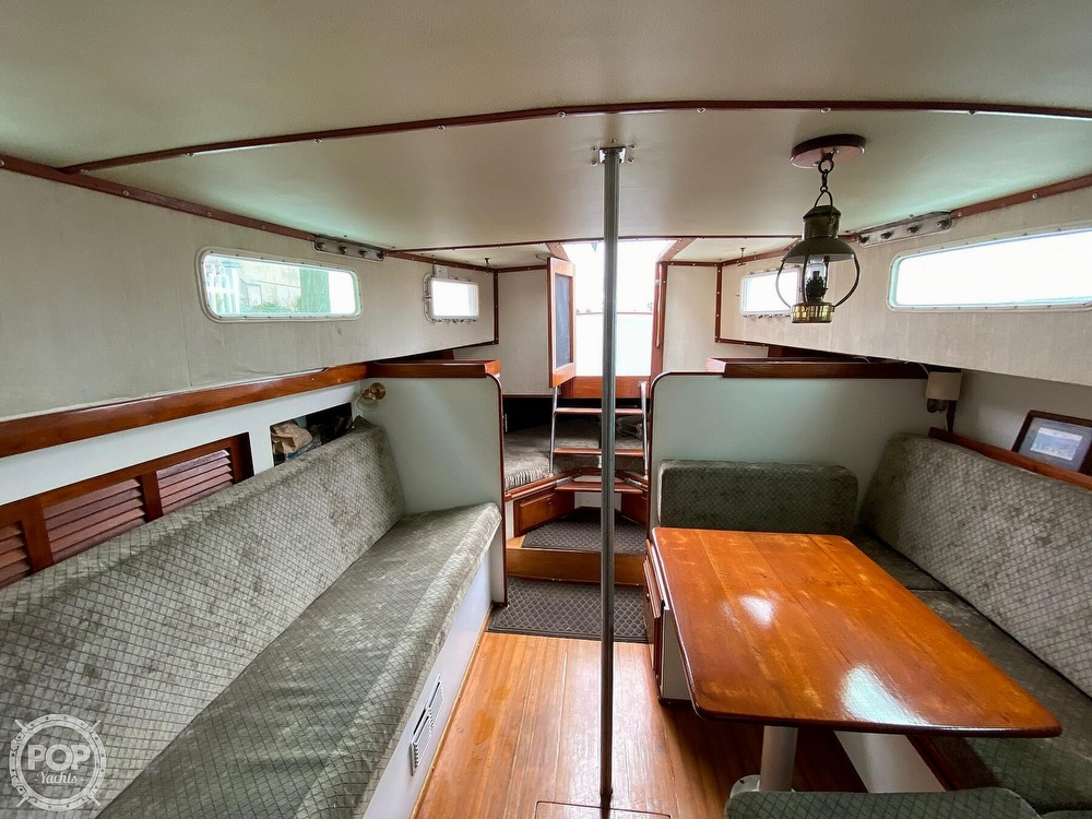 1976 Fales boat for sale, model of the boat is Navigator 38T & Image # 9 of 40