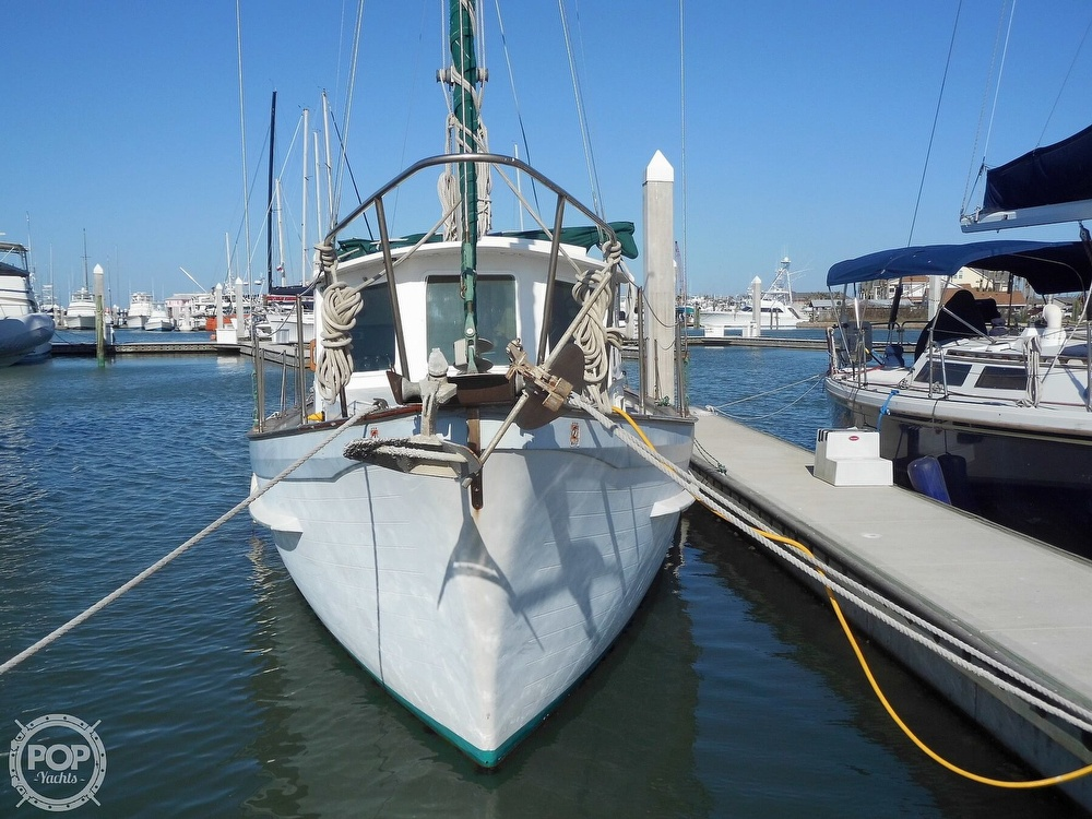 1976 Fales boat for sale, model of the boat is Navigator 38T & Image # 20 of 40