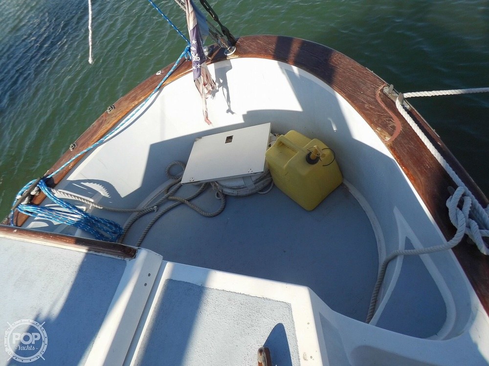 1976 Fales boat for sale, model of the boat is Navigator 38T & Image # 37 of 40