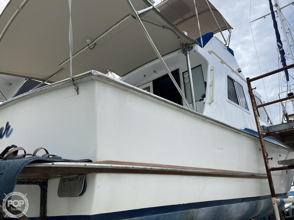 1980 Sisu boat for sale, model of the boat is Heritage 30 & Image # 25 of 40