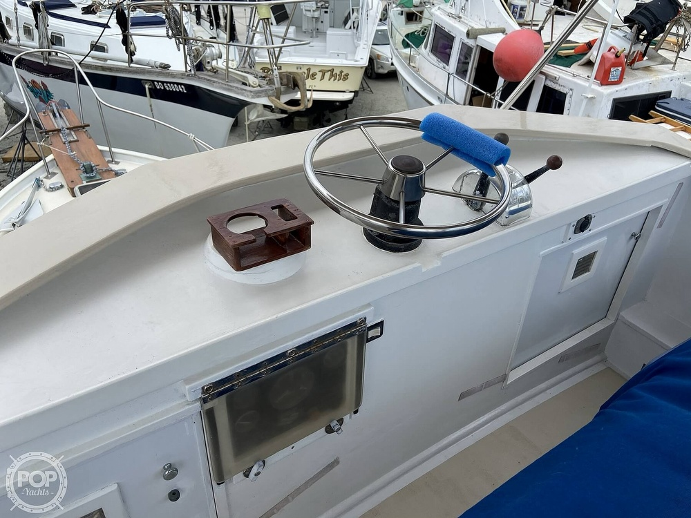 1980 Sisu boat for sale, model of the boat is Heritage 30 & Image # 3 of 40