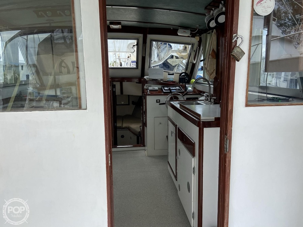 1980 Sisu boat for sale, model of the boat is Heritage 30 & Image # 8 of 40