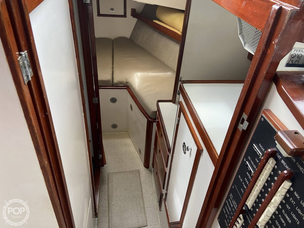 1980 Sisu boat for sale, model of the boat is Heritage 30 & Image # 10 of 40