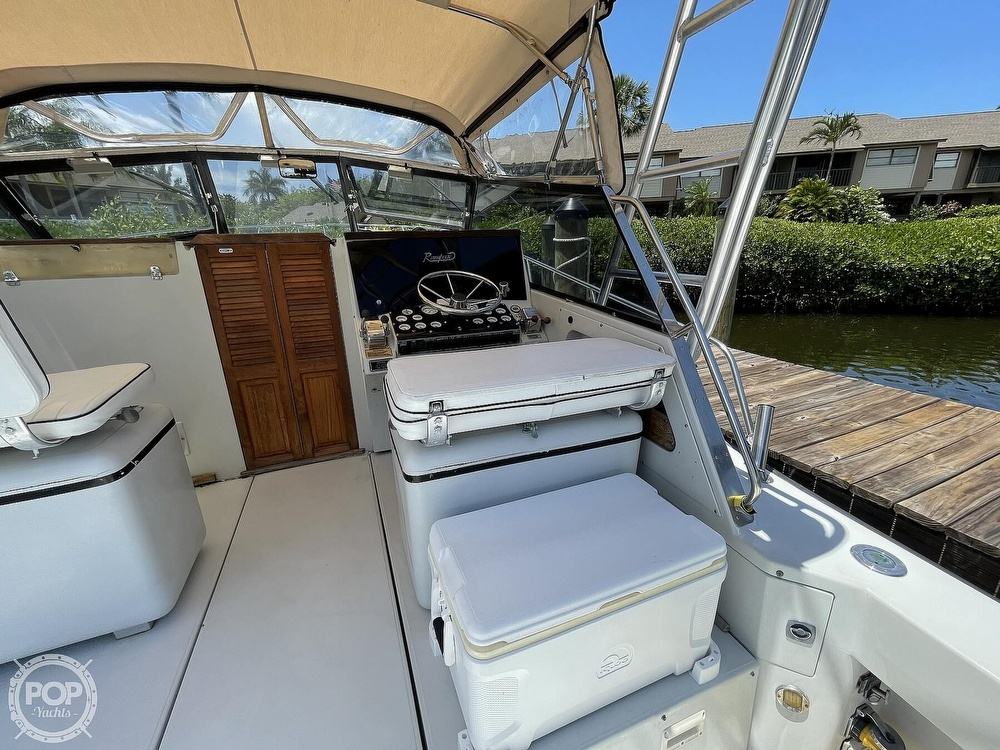 1988 Rampage boat for sale, model of the boat is 31 Sportfish & Image # 24 of 40