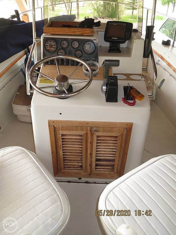 1988 Starcraft boat for sale, model of the boat is Bluewater 180 & Image # 8 of 27