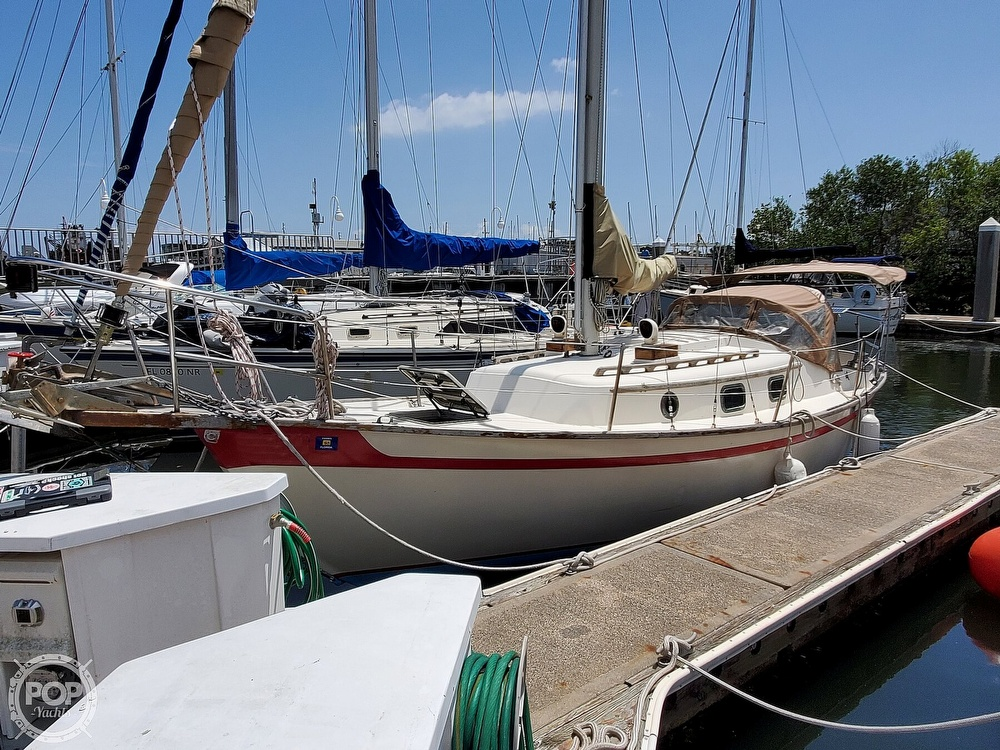 1982 Southern Cross boat for sale, model of the boat is 28 & Image # 22 of 40