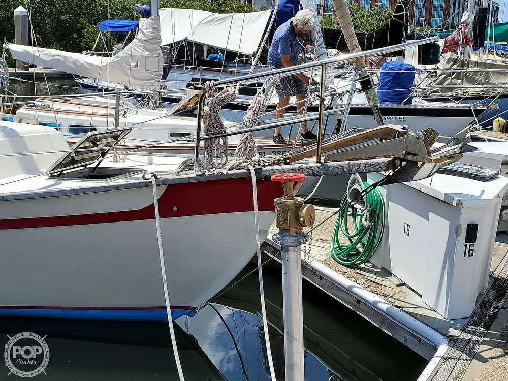 1982 Southern Cross boat for sale, model of the boat is 28 & Image # 16 of 40