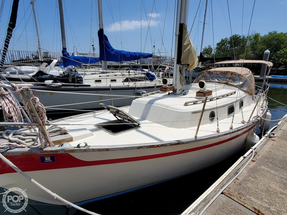 1982 Southern Cross boat for sale, model of the boat is 28 & Image # 24 of 40